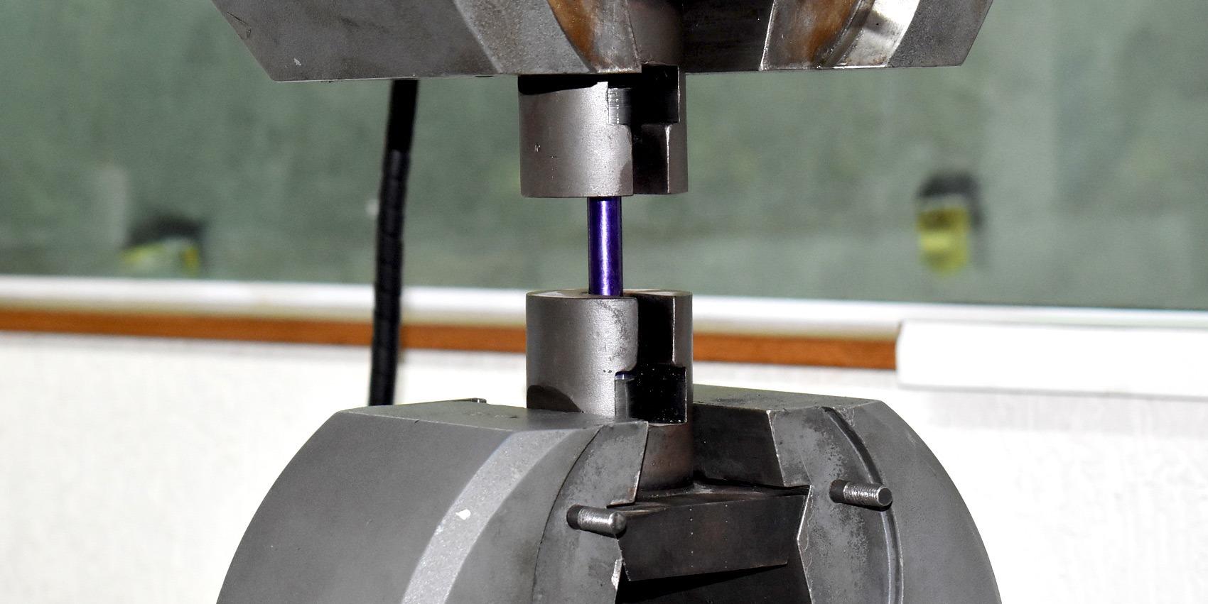 Ensaio de Tração e Compressão - Análise Física do Aço | Ensaio de Tração e Compressão - Análise Física do Aço
